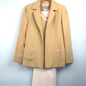 Le Suit 3 piece Pale Yellow and Cream Suit Size 8